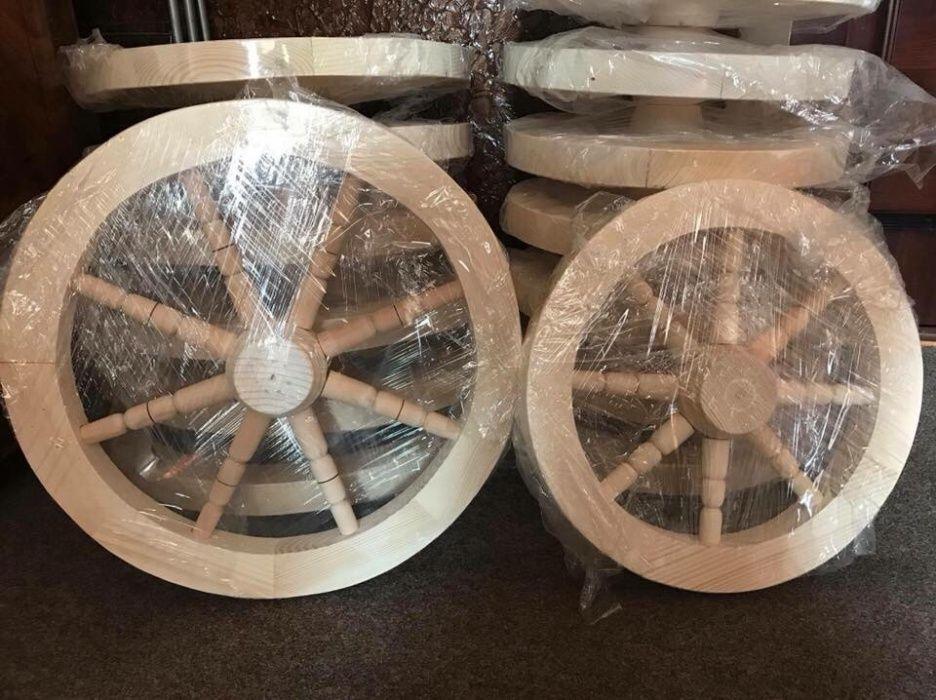 Roata din lemn , pentru lustra , foișoare