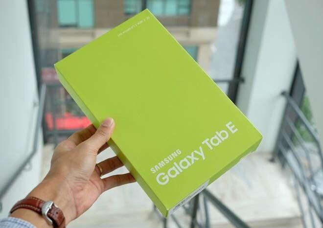"""Galaxy Tab E 9.6"""" 8GB Selado"""