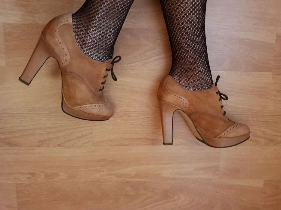 Botine/ pantofi/ din piele cu toc **DONNA PIU**