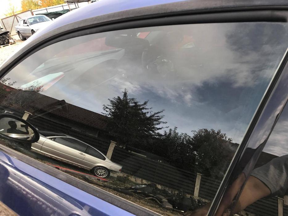 Geam dreapta stanga fata Bmw E92 E93 coupe cabrio Bmw 335d 330d 320d