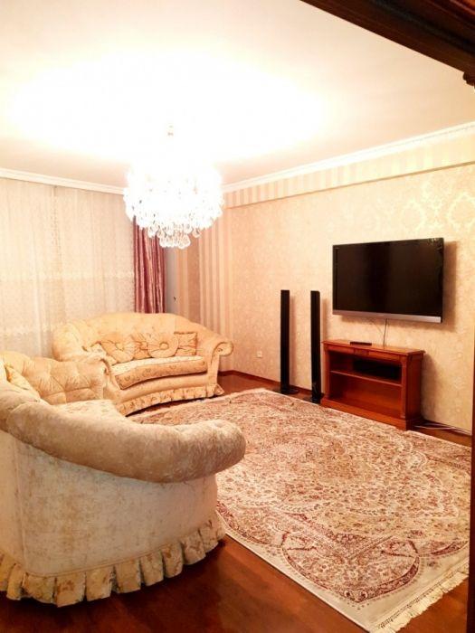 4-комнатная с евроремонтом в Жк Самал Делюкс