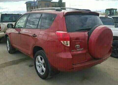 Vendo Toyota Rav4 disponivel
