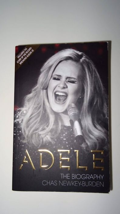Книга Adele
