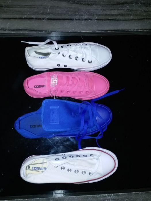 Vendo tenís da converse de varias cores é tamanhos.