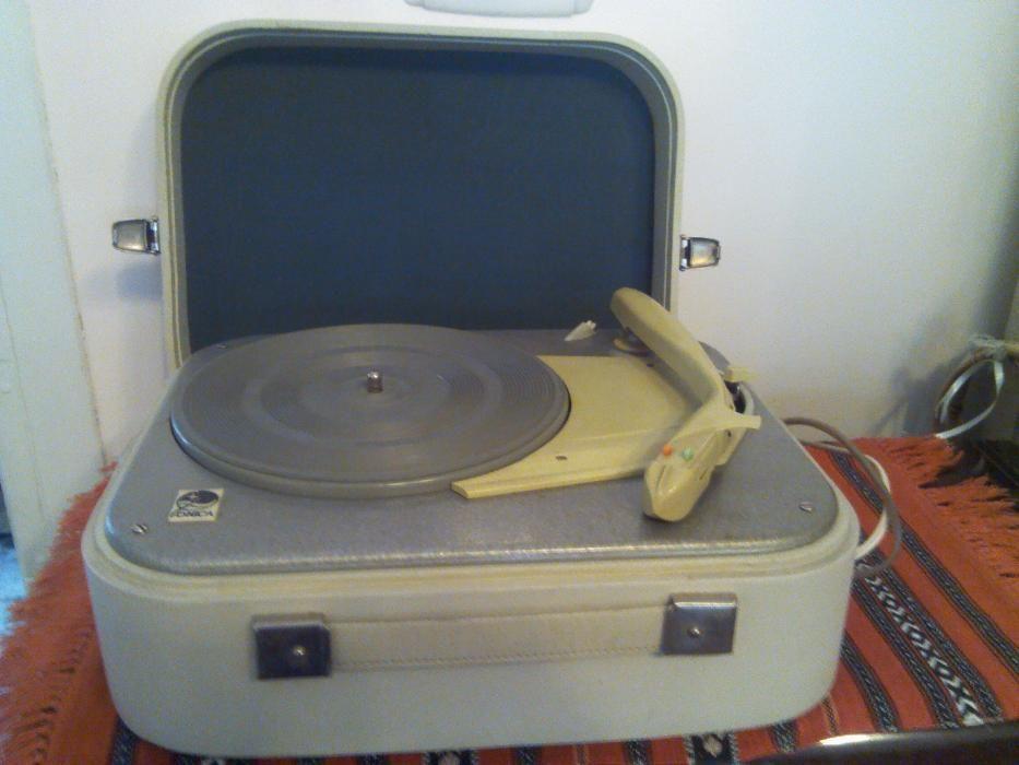 Pick-up Fonica - din anii 1970 stare impecabila- pentru colectionari