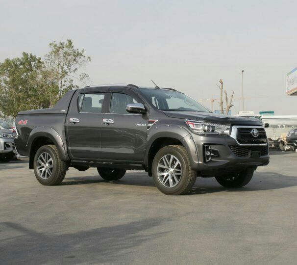 Toyota Hilux Revolution Viana - imagem 1