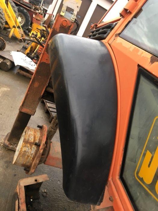 Aripi spate buldoexcavator JCB 3cx 4Cx