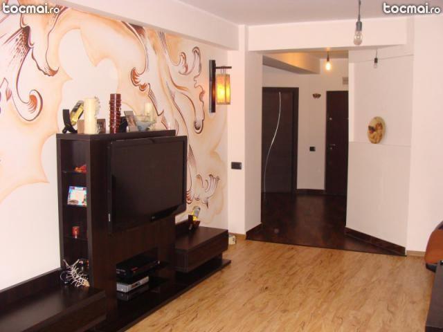 Apartament 3 camere - 100 mp-Bloc nou - Mobilat Utilat