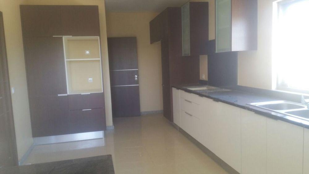 Arrenda se apartamento t3 mega luxuosa c girador na sommarshield 2