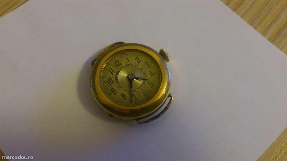ceas vechi placat cu aur