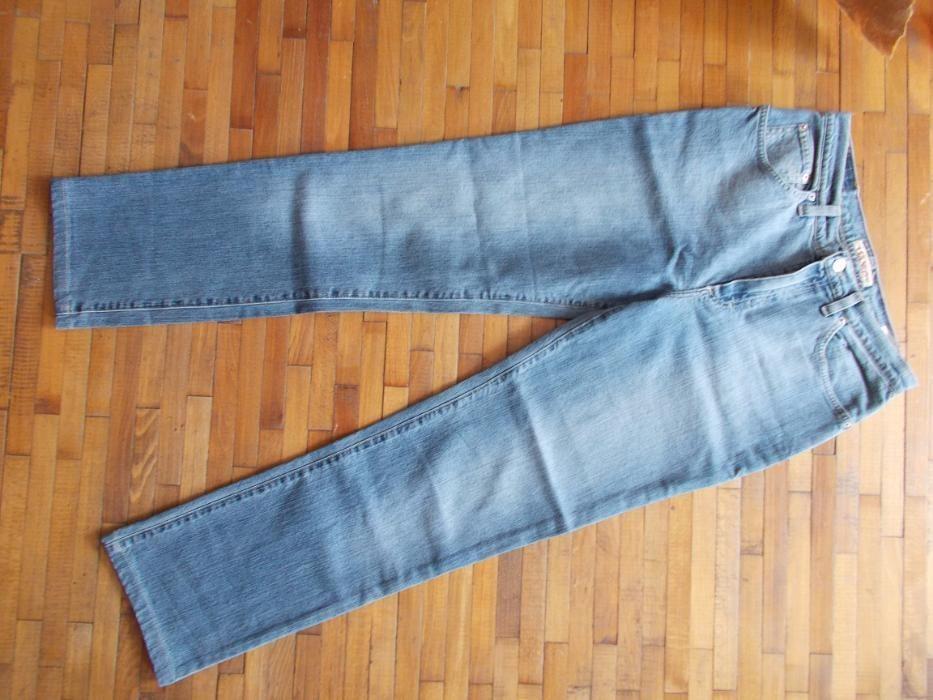 pantaloni blugi originali,marca holiday/harlem,42/44,rambursposta