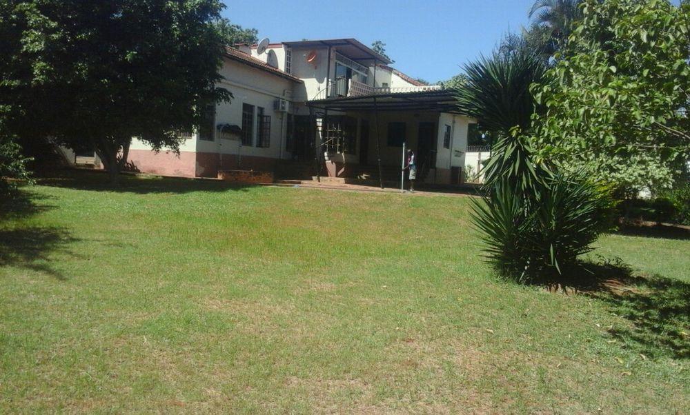 Arrenda se 1Casa na cidade de Matola perto do Spar Cidade de Matola - imagem 2