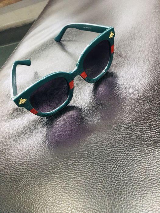 Óculos Gucci Round Verde