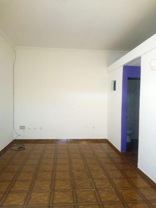 Arrenda Se Este Casa Na Maianga Complexo T2 Gerador Tanque