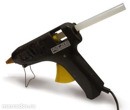 Pistol de lipit cu silicon Glue Gun