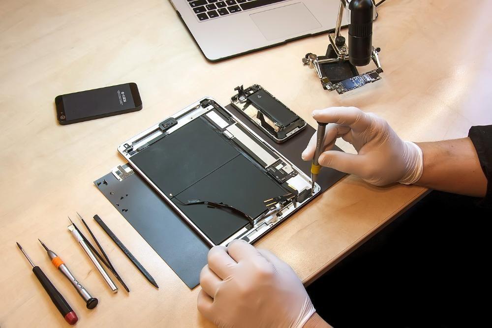 Замена Стекла / Дисплея iPad (Айпад) 2/3/4/Air/Air2/Mini/Mini2/Mini3