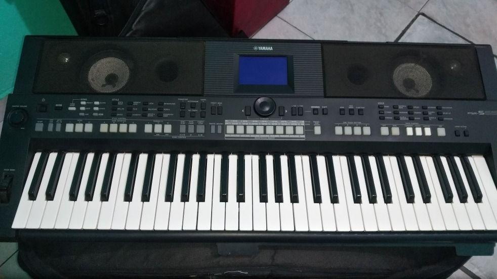 Piano yamaha psr s650