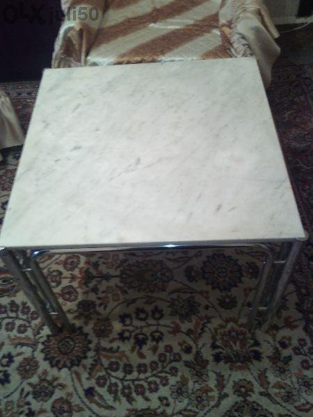 маса с мраморен плот