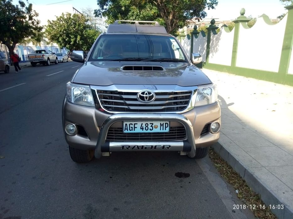 Toyota | Hi-lux D-4D | 2011 | Manual | Diesel | 3.0cc | Diff-lock