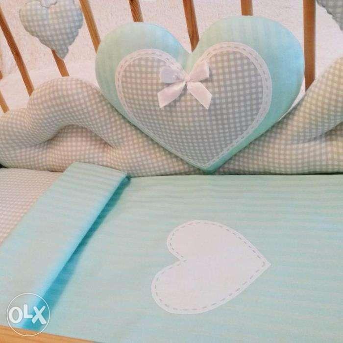 Бортики ,матрасик и подушка в манеж,постельный комплект.