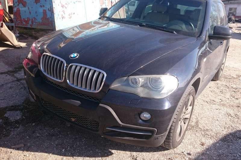На части BMW X5 3.5d