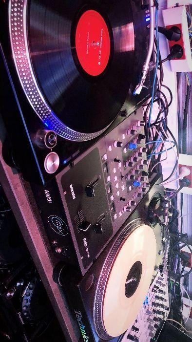 Vinyls a venda (vinil/turntable) Technnics
