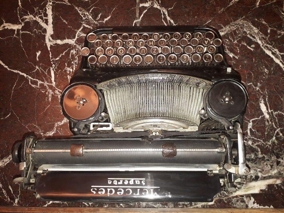 Vand mașina de scris Mercedes Superba