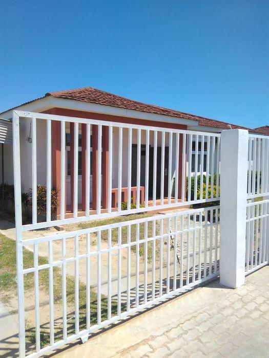 vende-se vivenda no condomínio intaka portão 1 aproveita