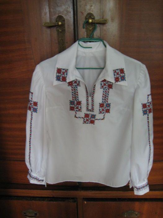 Детска дълга риза от памучен кенар от народна носия