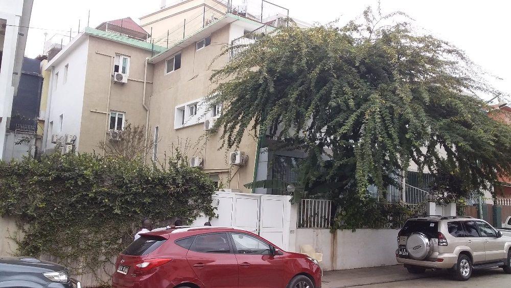 Guest house em aluguer, rua Cabral Moncada - Maianga