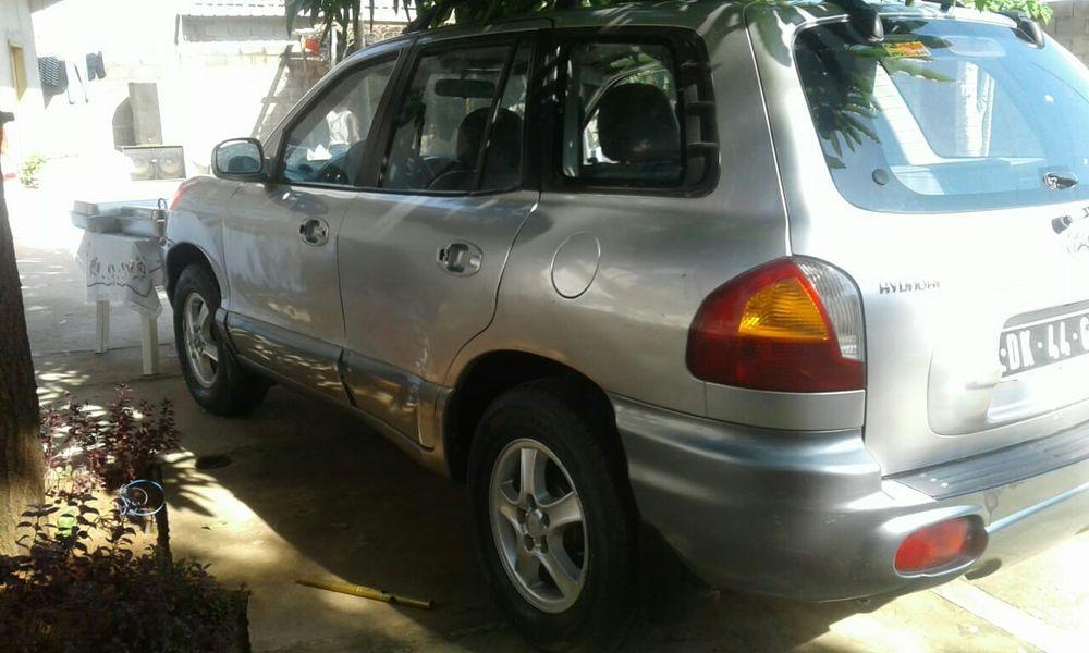 Vendo este Hyundai Santa Fé com problemas na placa