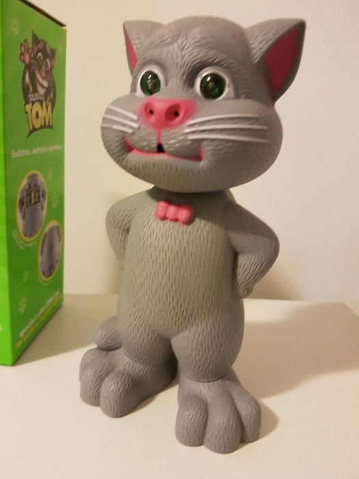 Noul Talking Tom Pisica care canta, toarce si repeta dupa tine