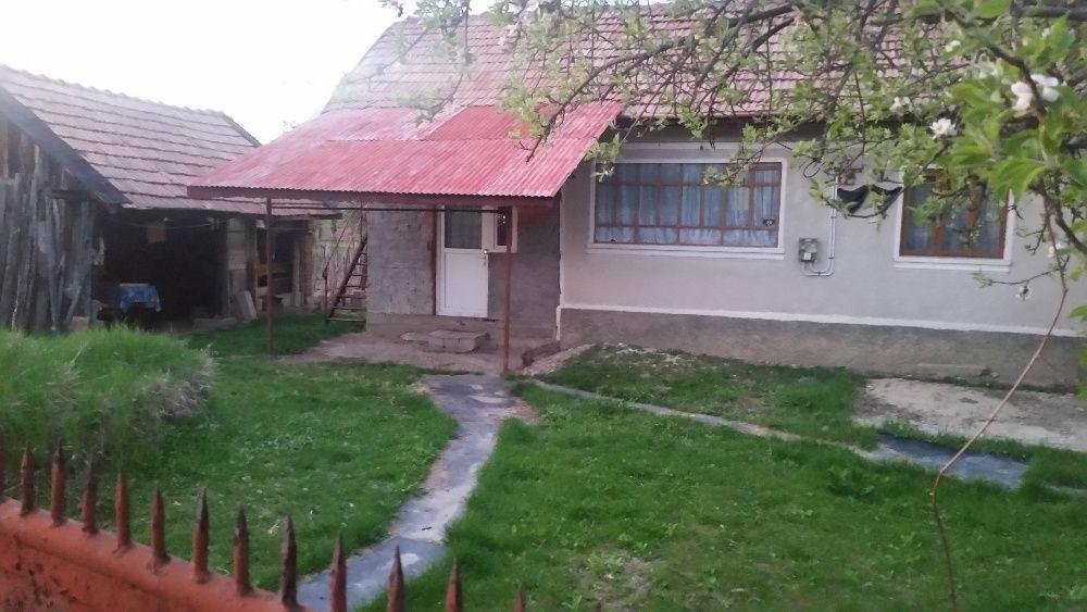 Vand sau Schimb CU APARTAMENT IN TG JIU CASA in Turceni sat Stramba