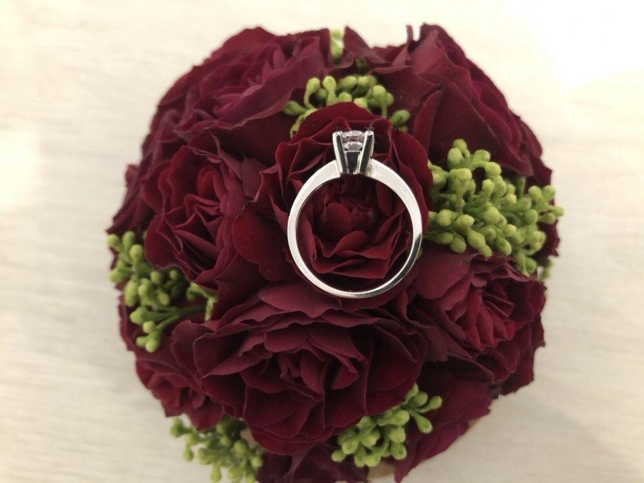 ГОДЕЖЕН златен пръстен с циркониЙ 3.37гр. бяло злато 14К