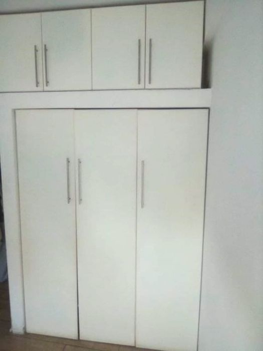 Arrendo apartamento na Malhangalene tipo 3 pronto habitar