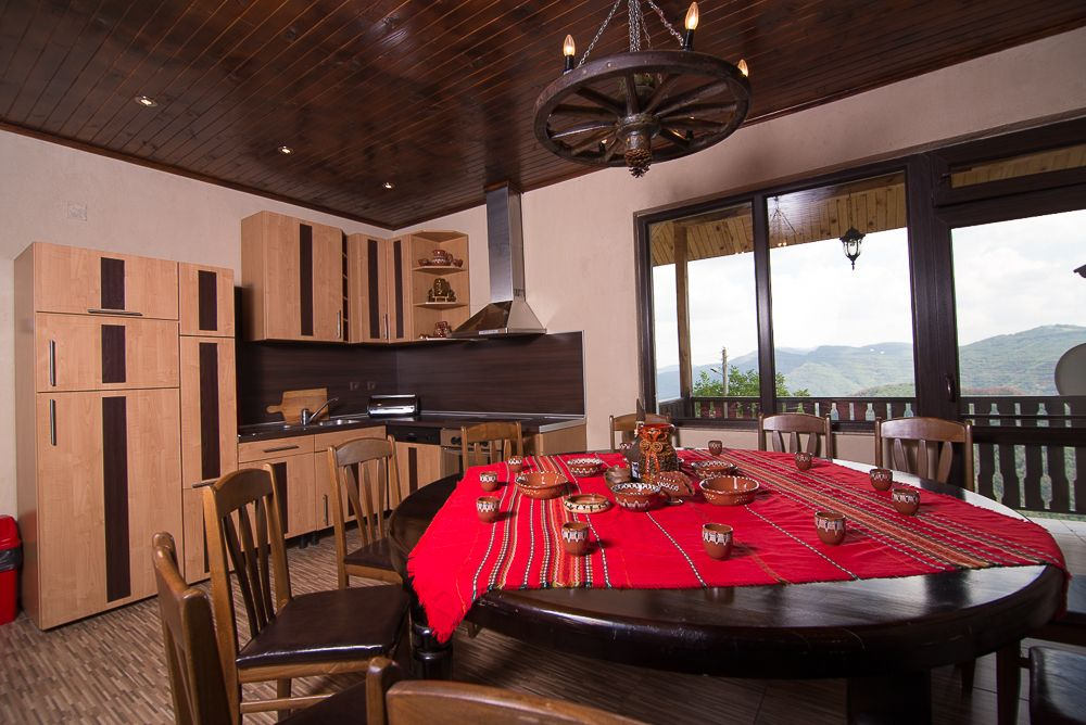 Къща за гости Топалови с. Вишнево - image 4
