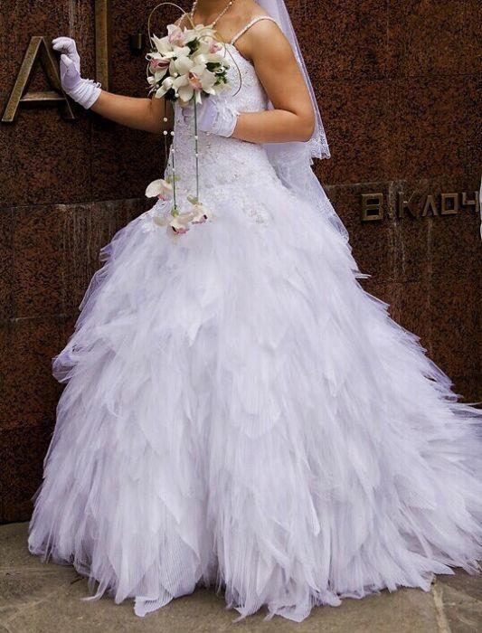 Продам свадебное фирменной платье