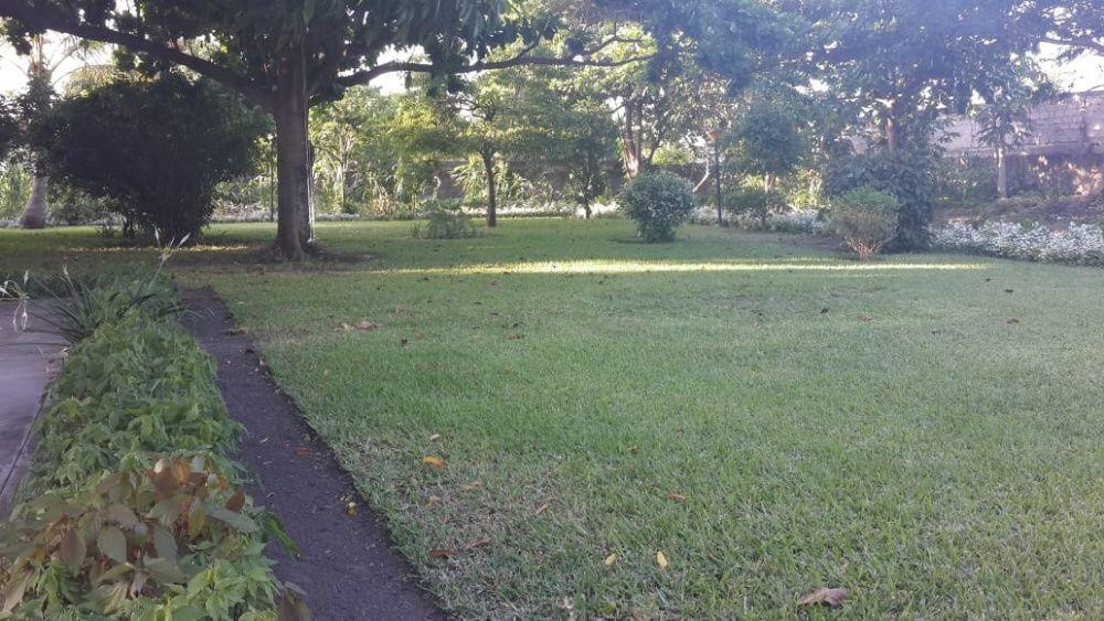 Moradia com quintal enorme C.Matola