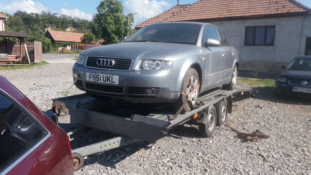 Audi A4 an 2003 1.9tdi 131cp