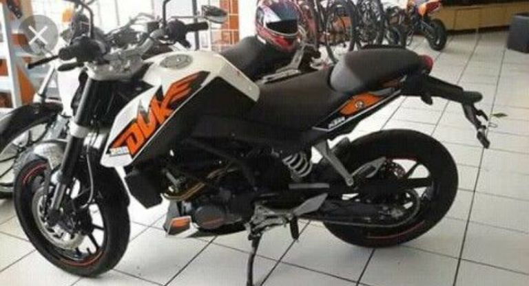 Moto Duke-ktm 250