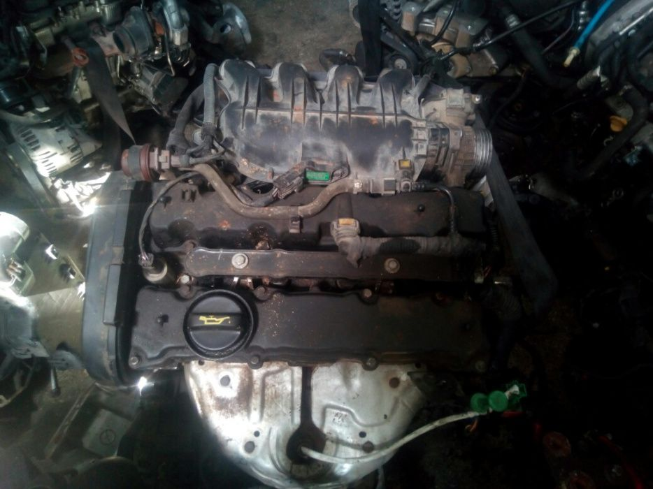 Vând motor Peugeot 207 ,1,4 benzina an de fabricație 2006