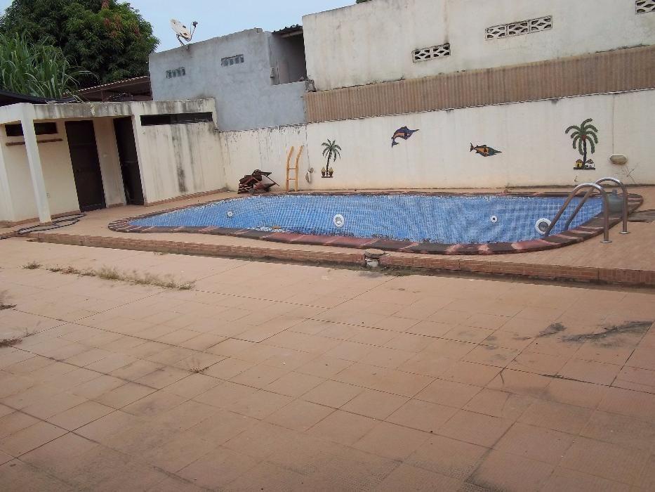 Gpimoveis * Vend-se Vivend T3 com piscina ja pront no cond das acacias