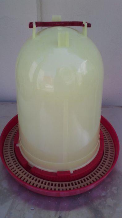 Поилка за пчели 10 литра- пчеларски инвентар