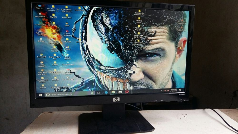 Monitor hp 19 pol