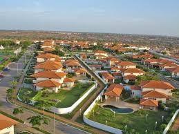 Condomínio Atlântico Sul, vivenda à venda; Condomínio de luxo.
