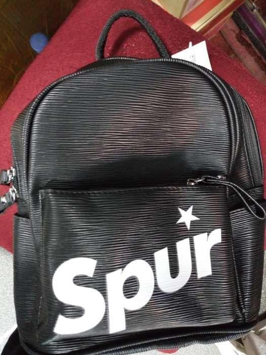 Spur bags