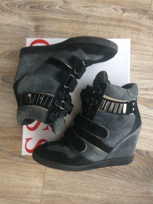 Спортни обувки на платформа Guess, 38