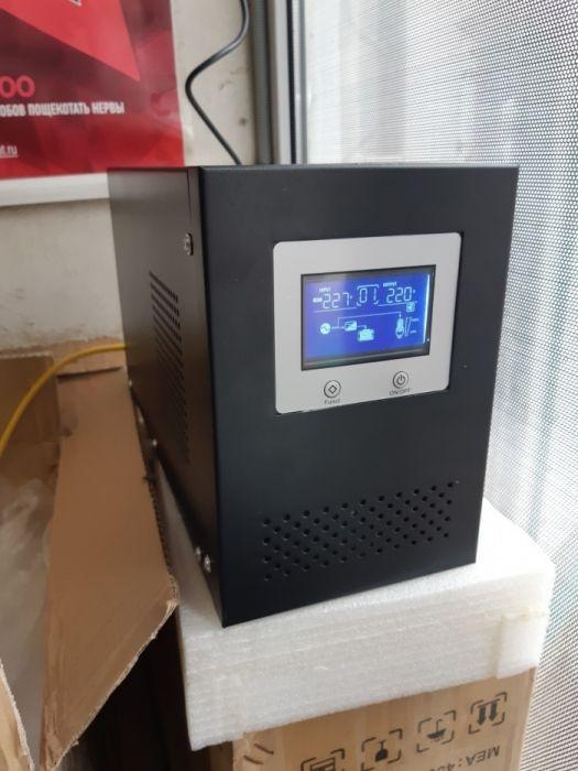 Инвертор, преоброзователь тока 12-220в