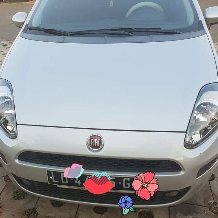 Fiat punto quase novo carro de mulher automático