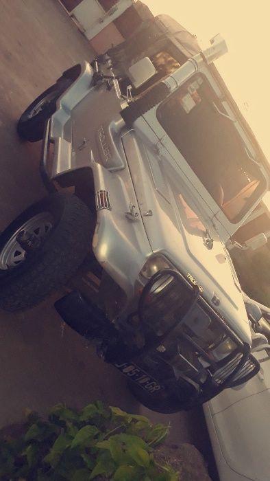 Jeep Troller T4-M